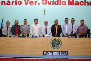 Realizada posse da Mesa Diretora da Câmara de Vereadores de Mangabeiras para o biênio 2019-2020