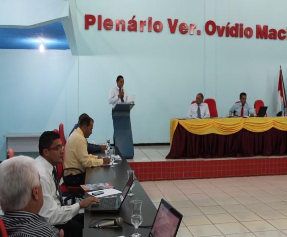 Sessão Ordinária da Câmara de São Raimundo das Mangabeiras no dia 05 de maio de 2014