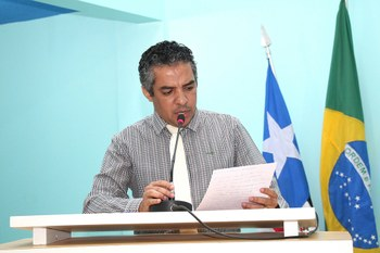 Vereador Júlio da Foto Layser destaca avanços no IDEB de Mangabeiras